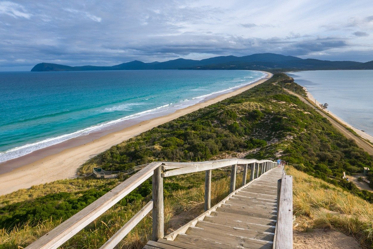 A beautiful landscape shot from the top of one of the walks at Bruny Island.