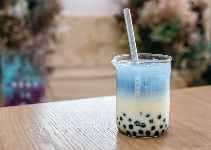 blue ombre bubble tea