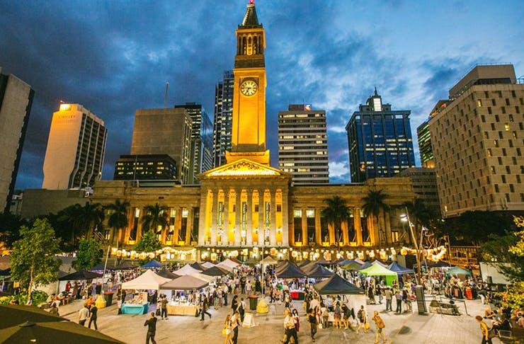 Brisbane Fashion Event Recreate Twilight Market and Paper Fashion Show