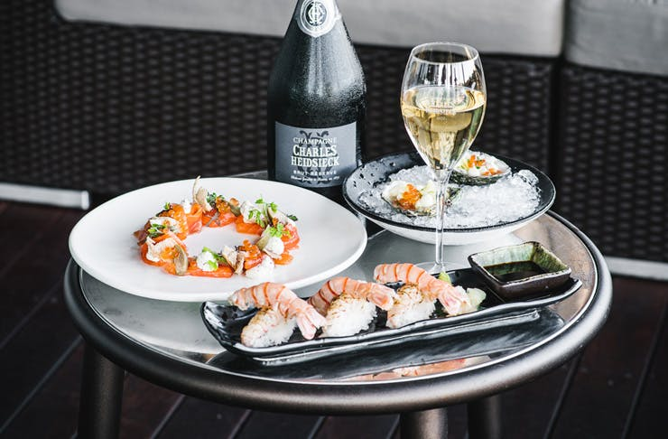 things to do in sydney bubbles and brunch