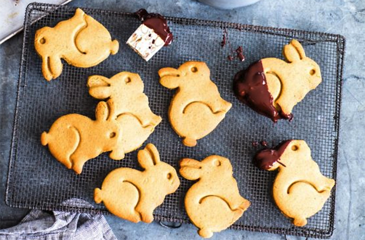 Chocolate Fondue And Spiced Bunny Biscuits