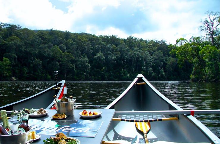 champagne-canoe-tour-sydney