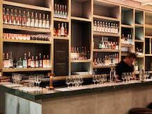 Casa N.O.M Bar y Restaurante