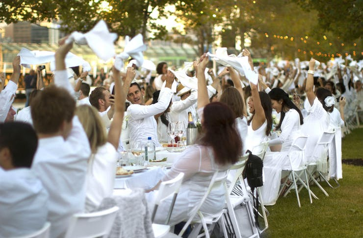 diner eDîner En Blanc Is Back for 2018!n blanc gold coast