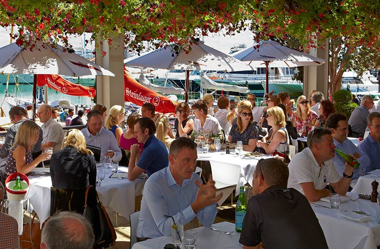 beachside eats, where to eat by the ocean in auckland, best restaurants auckland