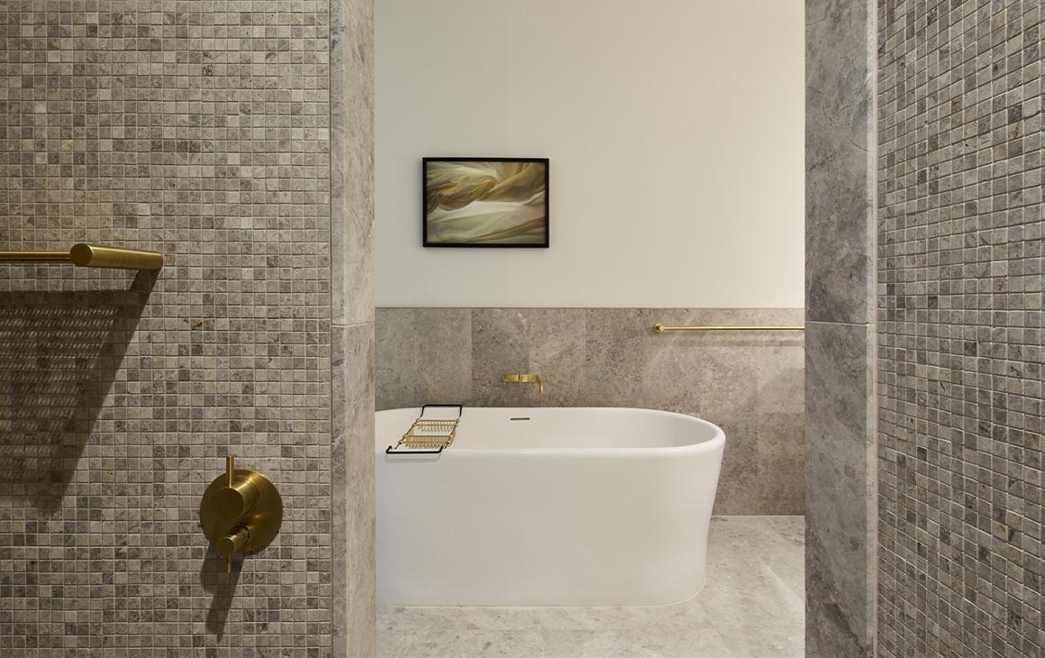 a bath inside an eos by skycity room