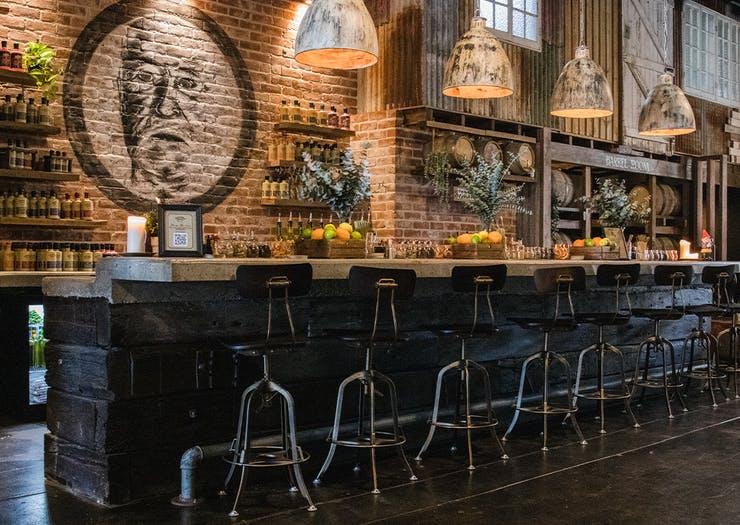 the long bar inside granddad jacks