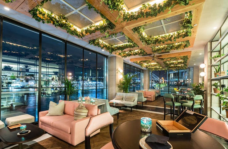 All The Restaurants Bars Rooftops With Best Views Of Sydney Urban List