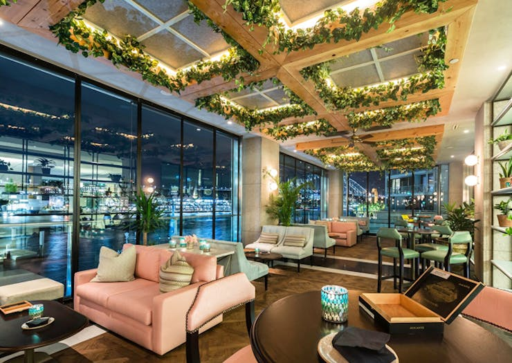 All The Restaurants, Bars & Rooftops With The Best Views Of Vivid