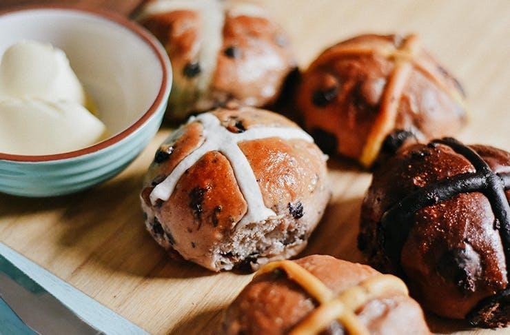 hot cross buns gold coast