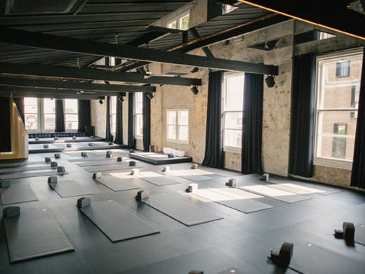 humming puppy yoga studio in sydney