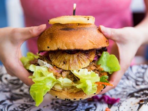 kung-fu-burger