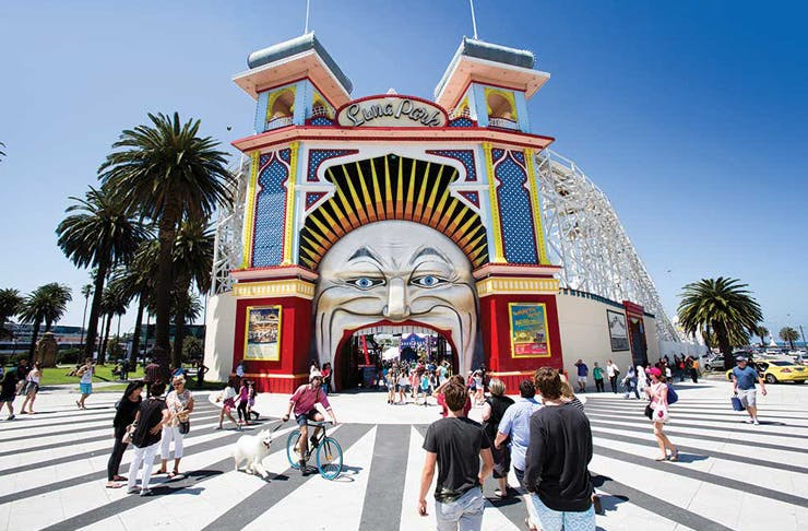 luna-park-easter-weekend-melbourne
