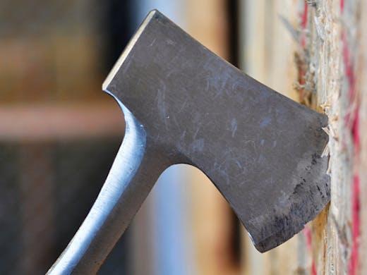 maniax-axe-throwing-melbourne