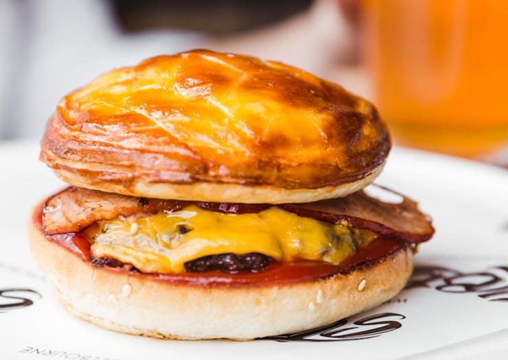 melbourne-meat-pie-burger