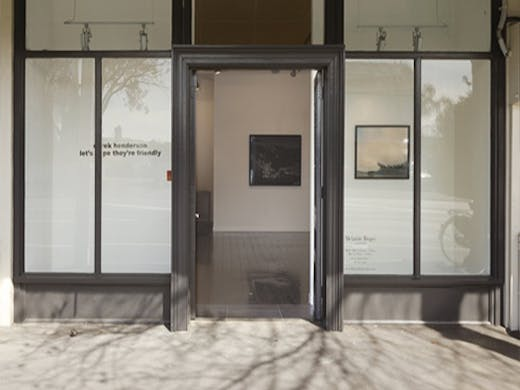 Pop into Melanie Roger's Herne Bay gallery to view some of the best contemporary artworks in Auckland.