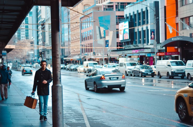 a busy city street in melbourne.