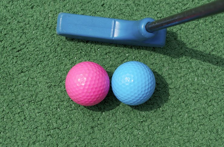 howler mini golf