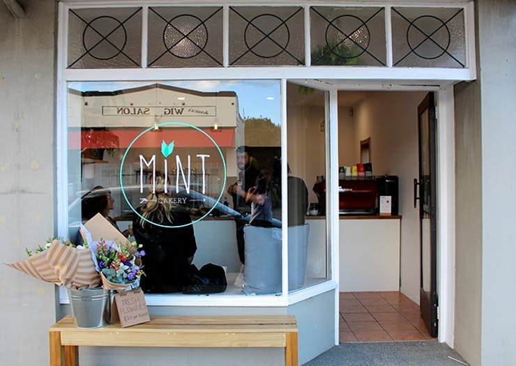 Mint Cakery pt chev, Mint Cakery opening hours, Mint Cakery review, best cake shop auckland