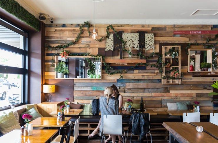 no-frills-cafes