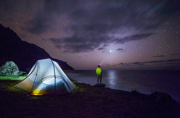 Out Of This World | 10 Places To Stargaze In Auckland