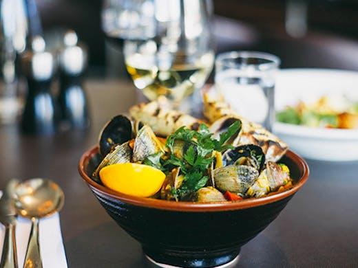 Auckland's Best Bistros, Ponsonby Eats, ponsonby road bistro menu, ponsonby road bistro opening hours
