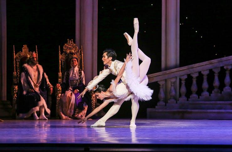 ballet dancers on stage