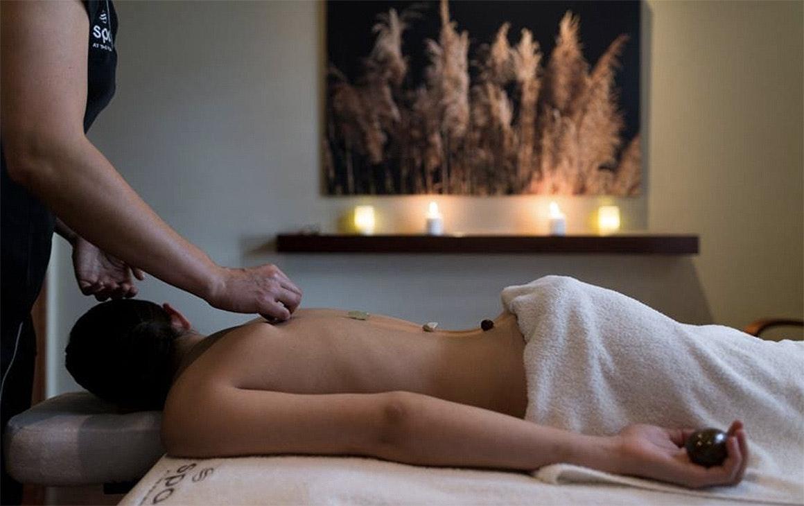 Splendid Brunette Coed on Massage Table Gives Fine Head