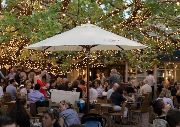 sydneys-best-beer-gardens-the-oaks