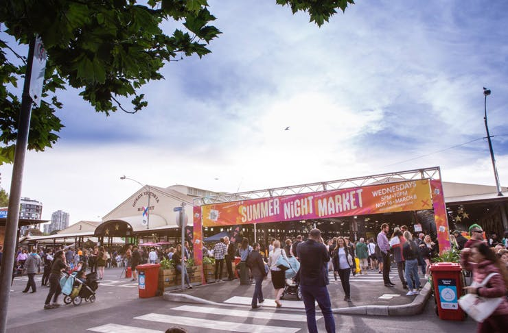 summer-night-market