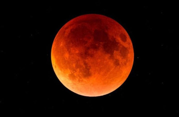 Here's Where To Watch This Super Blue-Blood Moon In Auckland