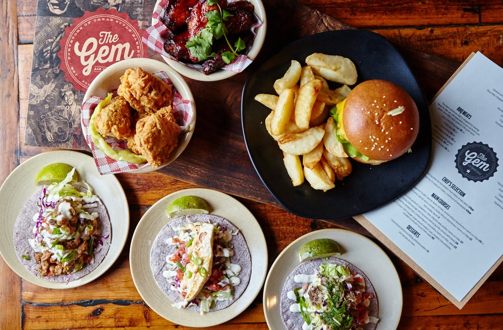8 Reasons You Need To Be Drinking & Dining At This Epic Pub