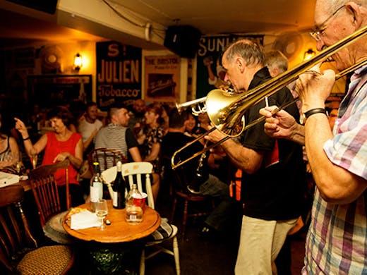 perth bar the jazz cellar