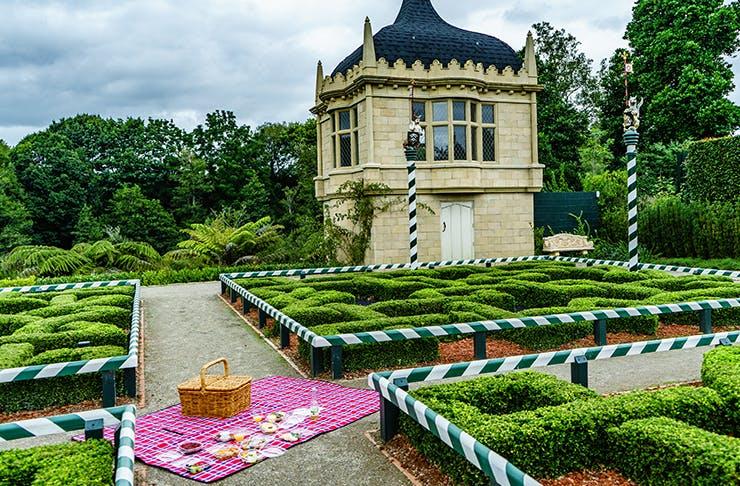 Picnic At Hamilton Gardens. The Most Romantic Things To Do In Hamilton