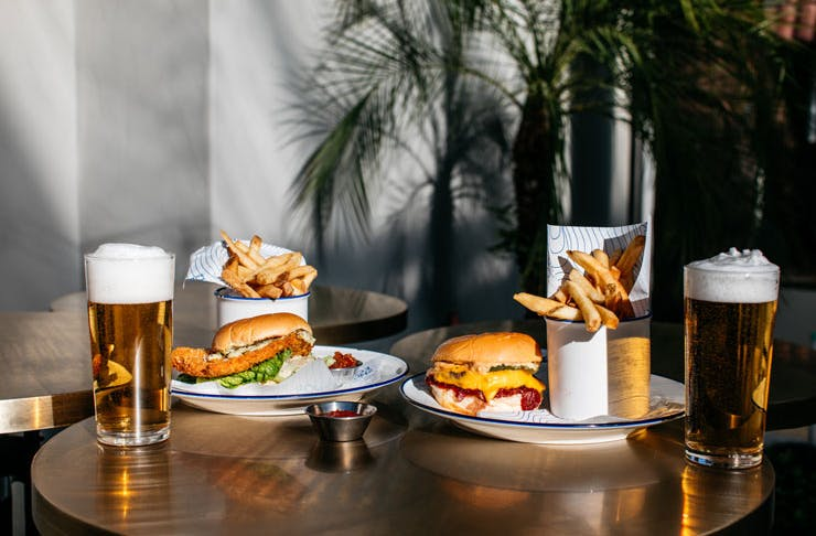 burgers and beers at the norfolk house and hotel