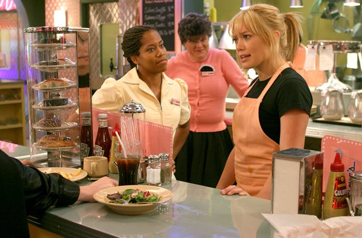 19 Things That Happen When You're A Waitress