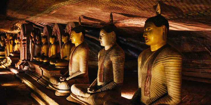things-to-do-in-sri-lanka-dambulla-cave-temple