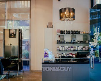 Toni & Guy The Valley