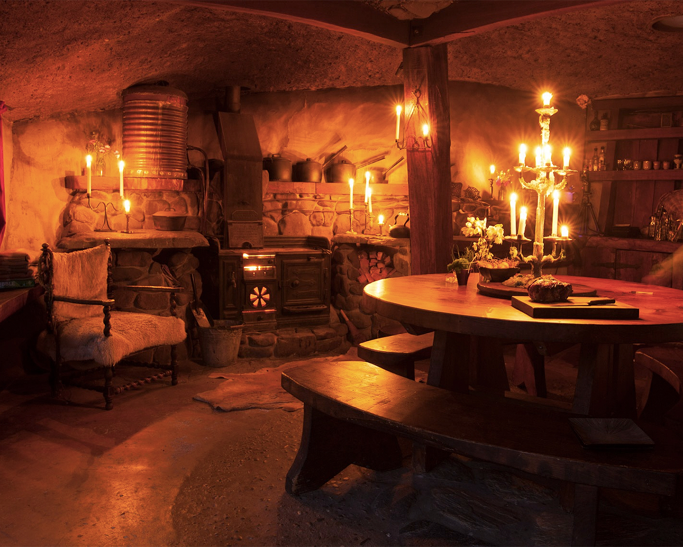 The cosy hobbit-like interior at Underhill Valley.