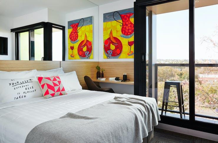 art hotel in Bendigo