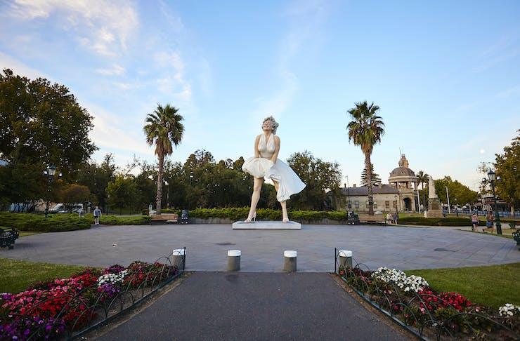 Marilyn Monroe sculpture in Bendigo
