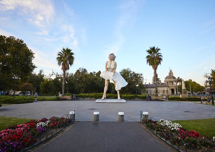 Marilyn Monroe sculpture in Bendigo