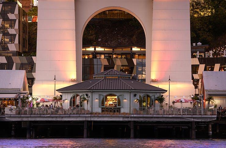 Waterfront Bars in Brisbane