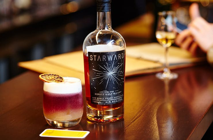 whisky and alement bar starward