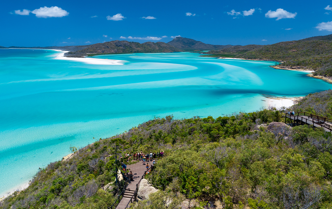 A white sandy beach in the Whitsundays