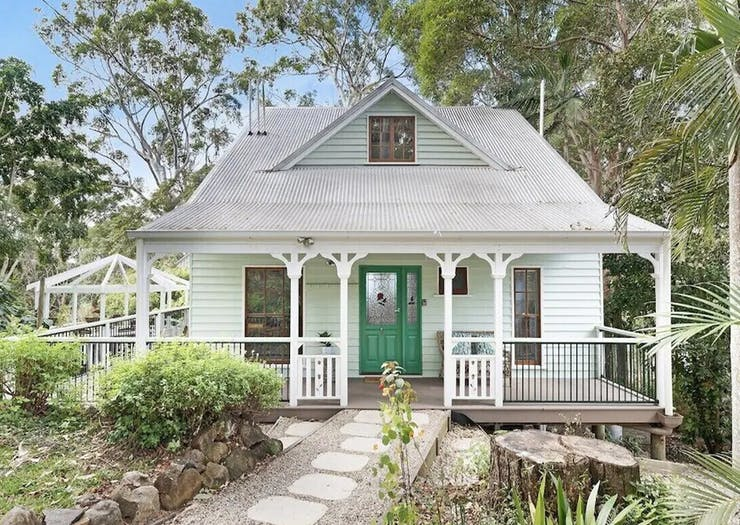 Start Planning A Winter Staycation With These 15 Cosy Cabins And Cottages Near Brisbane