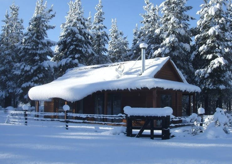 10 Of The Best Cosy Cabins In New Zealand To Hibernate In This Winter