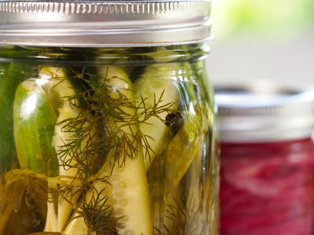 How to make pickles at home