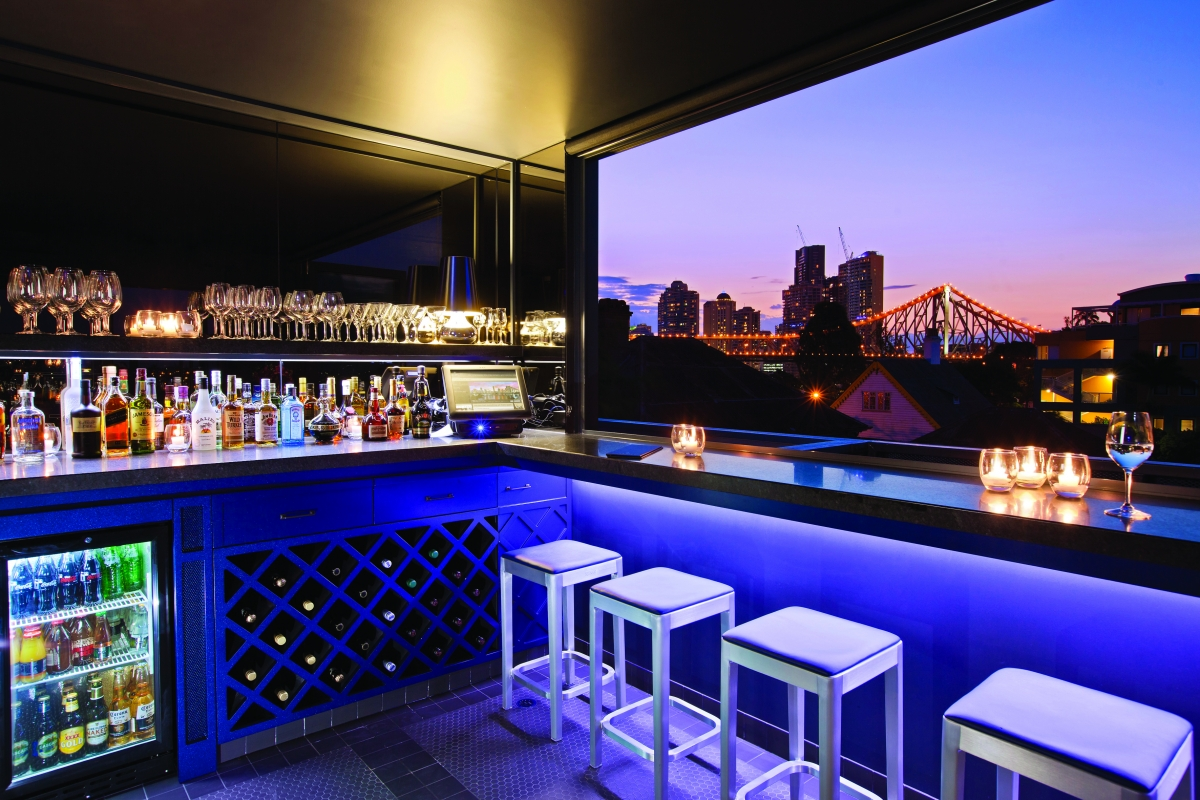 where to watch riverfire spicers balfour hotel