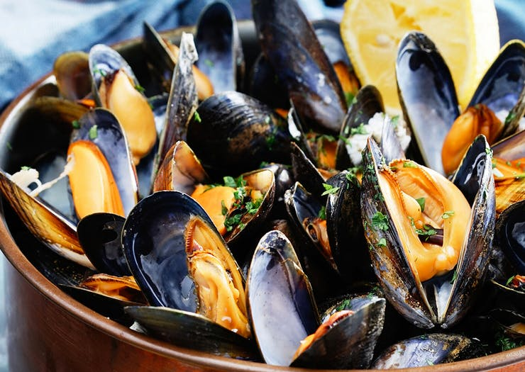 Eat Your Way Around 7 Of The Most Drool-Worthy Restaurants In The Bay Of Islands